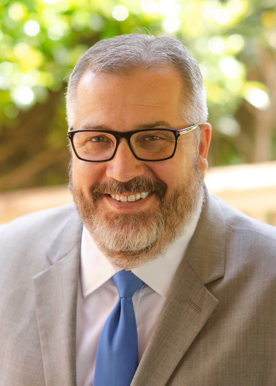 Shawn Business Headshot (1)