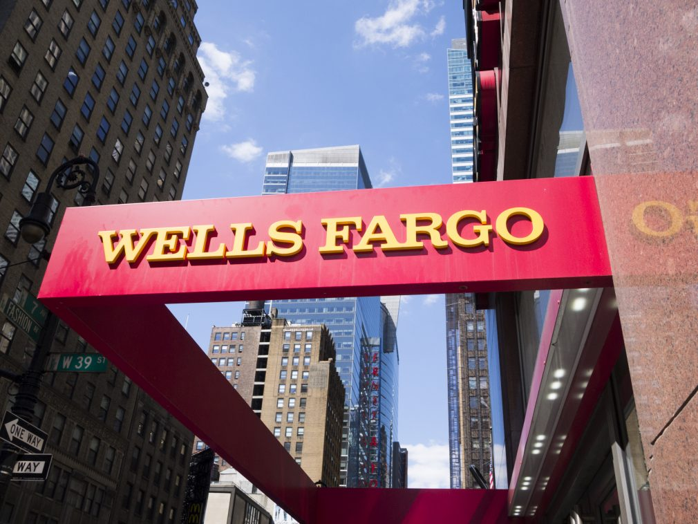 Wells Fargo sets aside $1.6 billion for new fake account payout