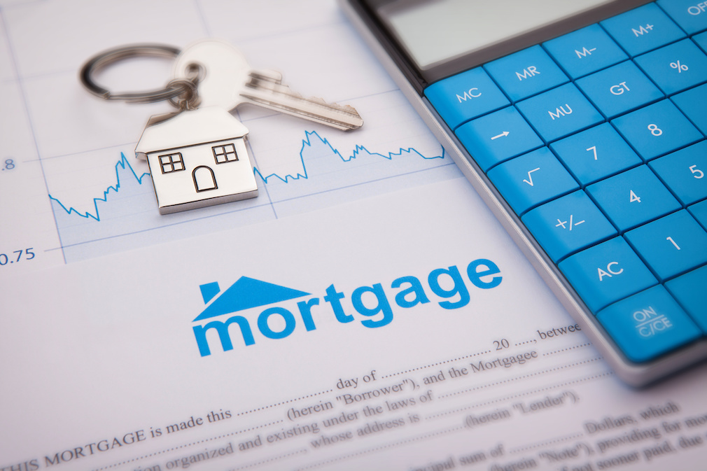 Mortgage credit availability tumbles to 5-year low - HousingWire