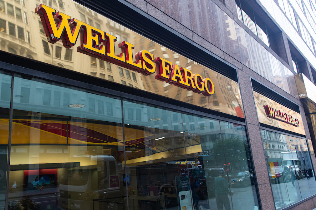 Wells Fargo agrees to pay $3 billion to settle DOJ, SEC investigations over fake accounts