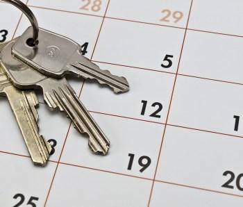 Umzug, Kalender und Schlüssel