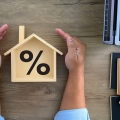Record low mortgage rates hold steady at 2.72%