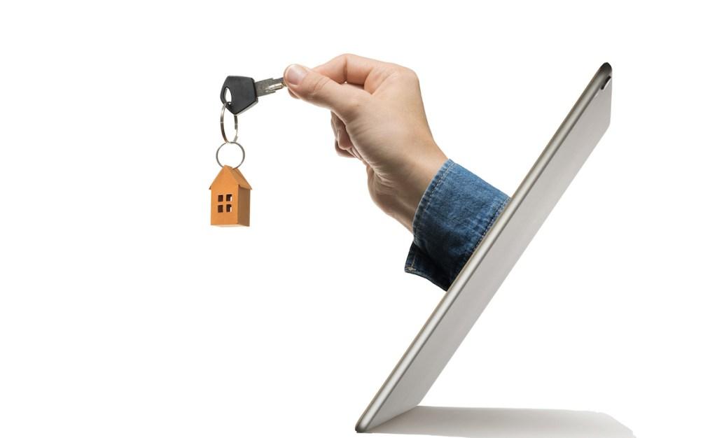 Key-hand-ipad